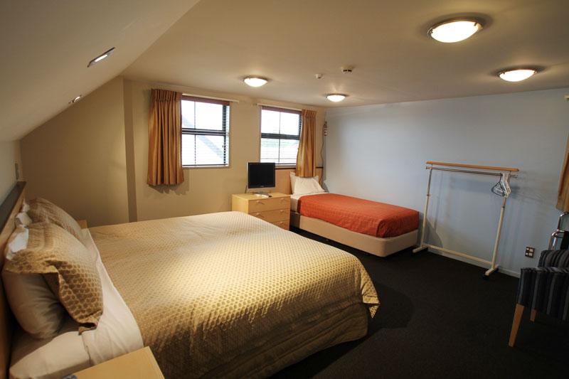 Athena Motel 2 Bedroom Unit